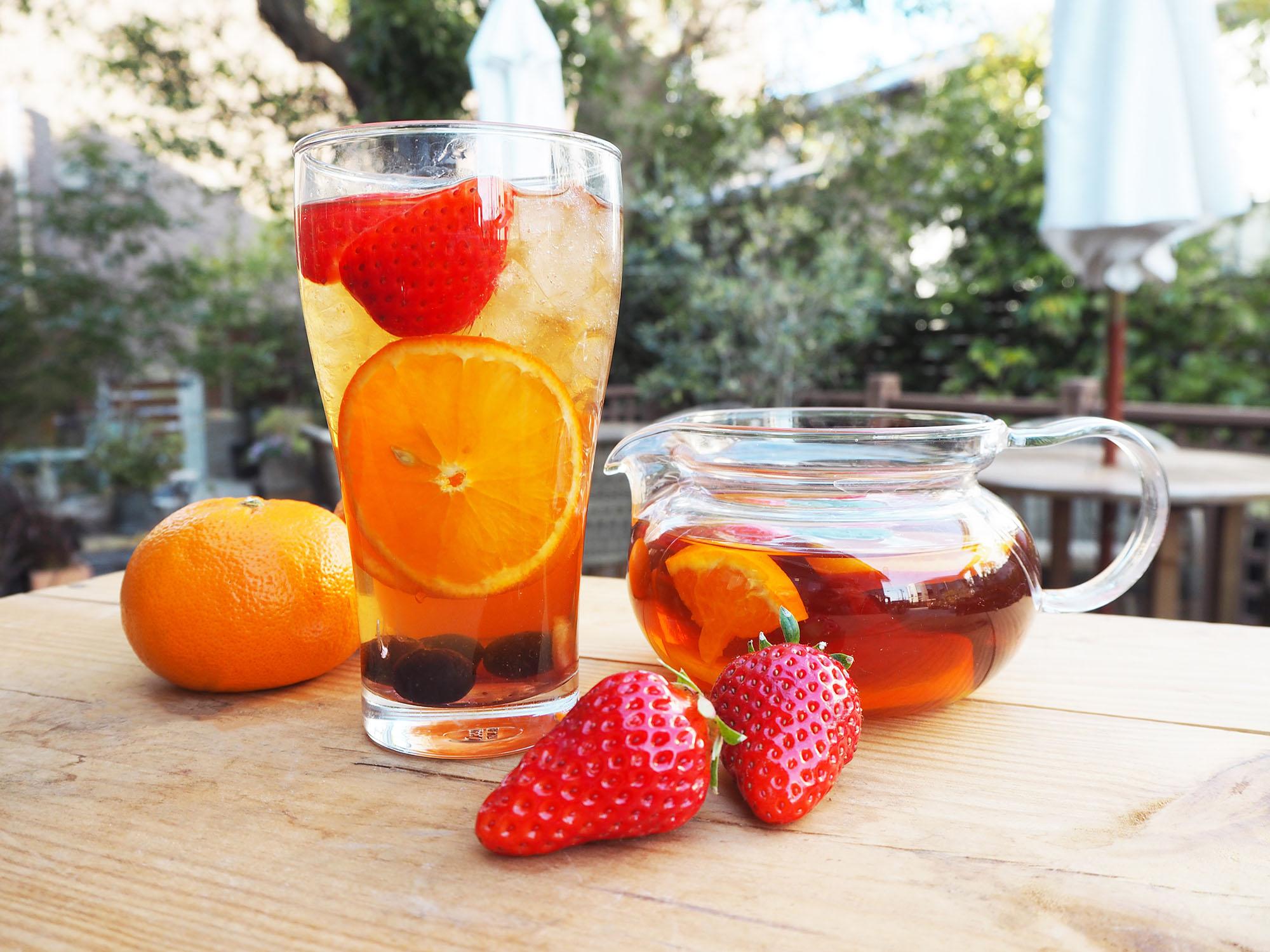 「いちごと柑橘のたっぷりフルーツティー