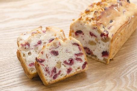 クランベリーナッツの食パン